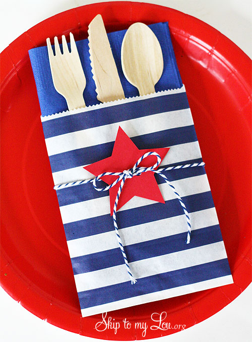 Burlap flag banner, Celebration pretzel sticks, diy, DIY Goodie bags, Firecracker cookies, food ideas, Ice cream sandwich cookies, Memorial Day, Patriotic popcorn, Patriotic rag wreath, Patriotic star glasses, Patriotic water bottle favors, pillow, Star utensil holders, Tulle flag wreath